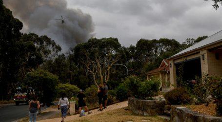 Australija ponovno pozvala na masovnu evakuaciju zbog velikih požara