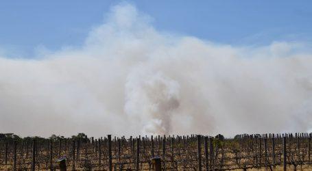 Utrka australskih vatrogasaca s požarima pred novi toplinski val