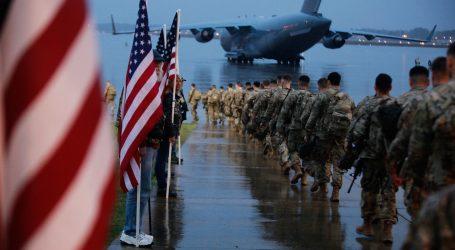 Šesto mladih američkih vojnika krenulo na Bliski istok