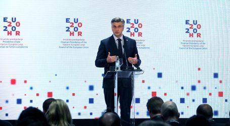 """PLENKOVIĆ: """"Svatko se može kandidirati za predsjednika HDZ-a"""""""