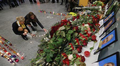 Dan žalosti u Ukrajini; istraga je li ruska raketa srušila zrakoplov