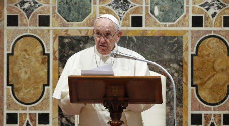 Papa pozvao SAD i Iran da nastave dijalog