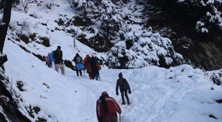 U snježnom nevremenu u Pakistanu najmanje 100 mrtvih