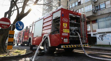 Požar u zgradi u Radničkoj ulici u Zagrebu, zaposlenici evakuirani