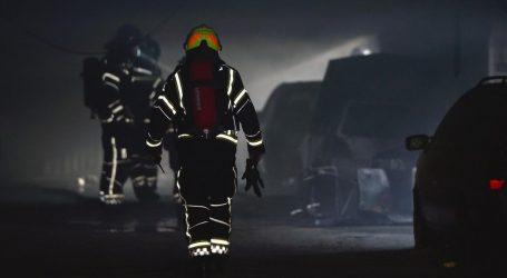 Na Srednjacima eksplodirao BMW X5, požar oštetio još jedan automobil