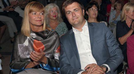 'SUPRUGA MINISTRA ĆORIĆA povezuje Ministarstvo s lobističkom udrugom u unosnom poslu poticanja investicija'