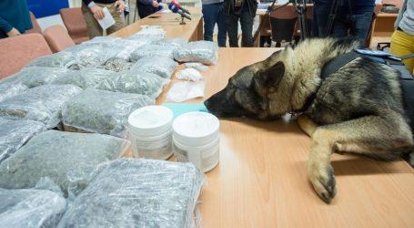 Riječka policija zaplijenila gotovo 25 kilograma marihuane, predstavljen pas Kastro