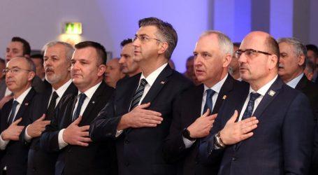 Plenkovićeva računica za ekspresnu pobjedu Brkića gura prema Kovaču i Stieru