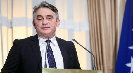 Komšić čestitao Milanoviću i prije proglašenja službenih rezultata