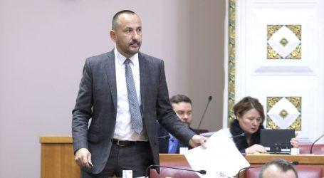 Jandroković: Ponašate se kao huligan; Zekanović: Nazivajte tako svoje stranačke kolege