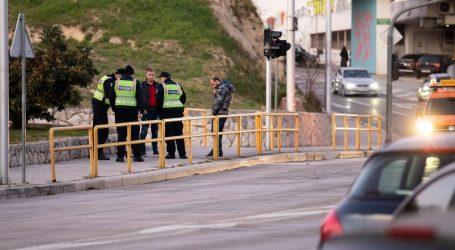 U prometnoj nesreći u Splitu ozlijeđene četiri osobe, dvojica su policajci