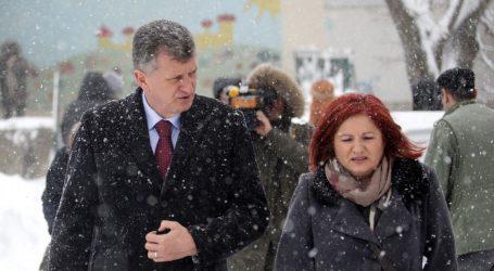 MUP skuplja dokumente o tvrtki supruge smijenjenog ministra Kujundžića