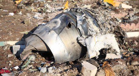 Objavljena snimka navodnog udara iranske rakete u ukrajinski zrakoplov