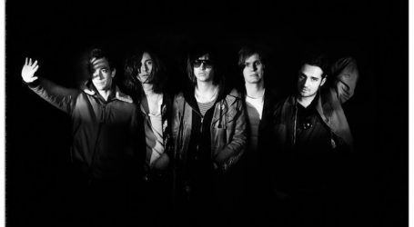 U novogodišnjoj noći The Strokes najavili novi album