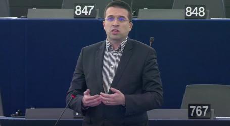 Sokol: Komisija mora ubrzati uvođenje univerzalnih punjača