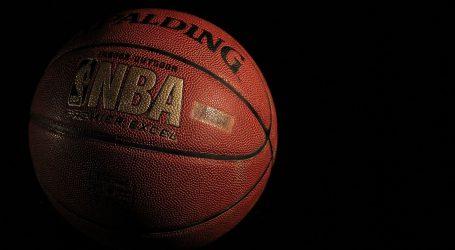 NBA: Šarić ostao bez poena i mjesta u startnoj petorci Sunsa