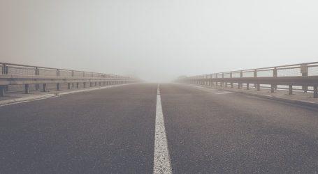 Magla smanjuje vidljivost, oprezno na A4 kod Svete Helene – uočen je pas