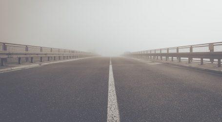 Magla smanjuje vidljivost, moguća je poledica