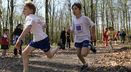 VIDEO: Omiljena dječja igra sve popularnija kao aktivnost odraslih