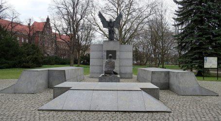 FELJTON: Kako je razotkriven Staljinov zločin u Katynskoj šumi