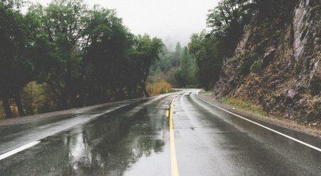 Kolnici mokri i skliski, ponegdje ima magle i poledice
