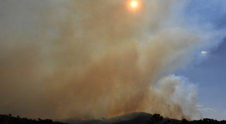 Rekordne temperature u Canberri, šumski požari prijete prijestolnici