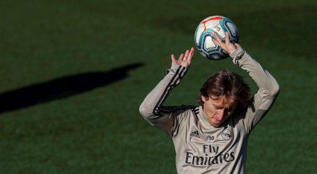 Beckham želi Modrića u svom novom klubu, nudi mu duplo veću plaću od one u Realu