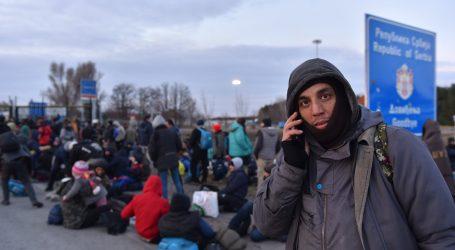 Skupina migranata blokirana na srpsko-mađarskoj granici