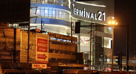 Masakr u Tajlandu: Ubio 20 ljudi, vojska upala u shopping centar, traže napadača