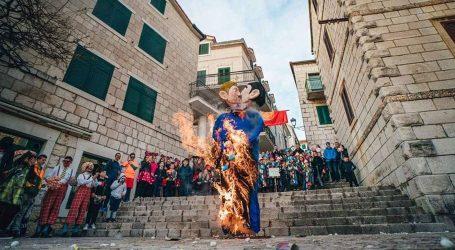 IZJAVA TJEDNA JELENE LOVRIĆ: Politički karneval – obranom primitivizma i nasilja u osvajanje HDZ-a?