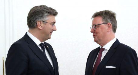 Plenković i njemački zastupnici i dalje za otvaranje pregovora sa Skopljem i Prištinom