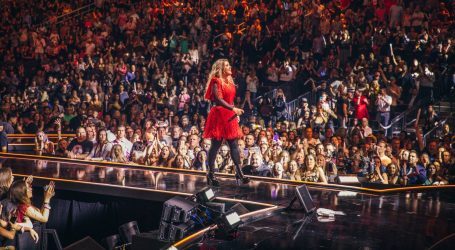 Kelly Clarkson treću godinu zaredom vodi svečanu Billboardovu večer