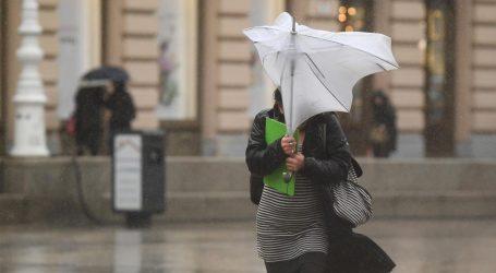 Oblačno i izrazito vjetrovito, izdana upozorenja za cijelu zemlju