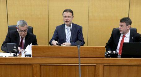 """Bačić tražio kaznu za Orepića; Jandroković: """"Slobodno govorite što želite"""""""