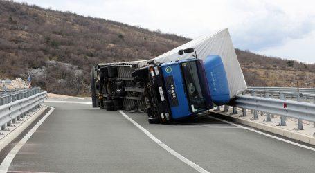 HAK:Zbog prometne nesreće na autocesti A3 vozi se usporeno