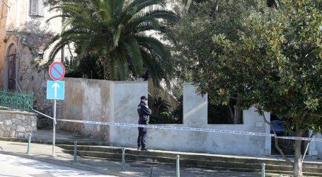 Na Malom Lošinju ubijena 16-godišnjakinja, uhićen muškarac, oglasila se i policija
