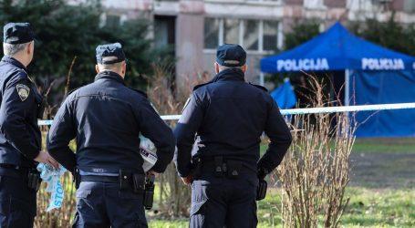 """U Sopotu pronađeno beživotno tijelo žene, susjedi u šoku: """"Bila je zamotana u tepih i odbačena na stepenicama"""""""