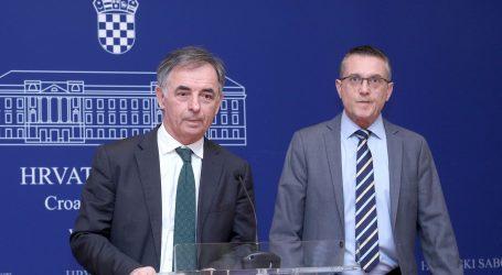 Pupovac i Beus Richembergh osudili spaljivanje lutke gay para i napad na kliniku Nikice Gabrića