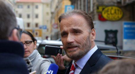"""NOBILO: """"Postavlja se pitanje bi li Jelenić bio smijenjen da je tajio članstvo u izviđačima"""""""