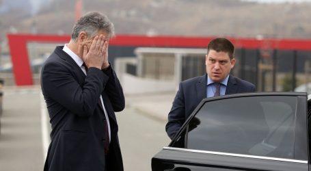"""BUTKOVIĆ: """"Ne pratim poslovanje svoga oca, a koronavirus neće usporiti gradnju Pelješkog mosta """""""