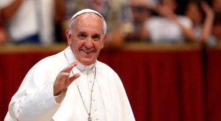 Papa Franjo otkazao sudjelovanje na misi zbog prehlade