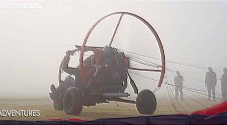 VIDEO: Let iznad pustinje u Dubaiju