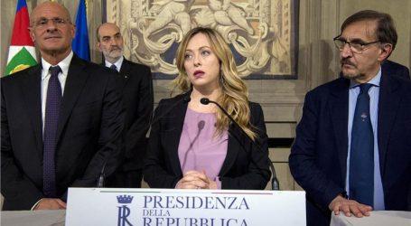 """Potpredsjednik talijanskog Senata: """"Fašističkim pozdravom može se izbjeći koronavirus"""""""