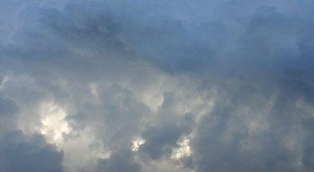 Oblačno s povremenom kišom, poslijepodne razvedravanje