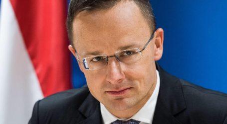 Szijjártó: Mađarska će zaštiti svoje granice