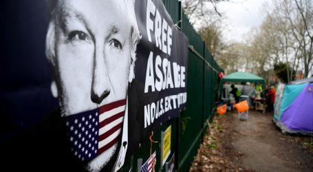 Assangeovi odvjetnici traže puštanje uz jamčevinu, zbog rizika koronavirusa