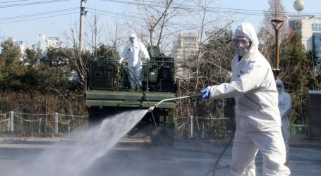 KORONAVIRUAS: Raste broj zaraženih u Europi i SAD-u koji izdvaja 8,3 mld USD