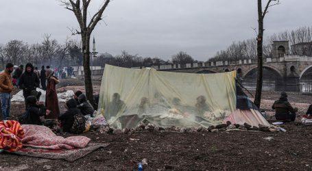 Turci ispalili suzavac na grčke graničare