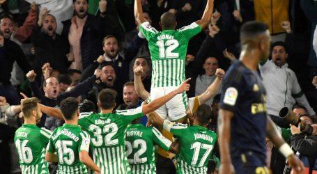 Betis svladao Real, Barcelona ostala na vrhu Primere