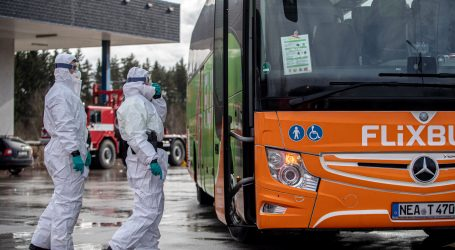 Stotinjak Ukrajinaca blokirano dva dana u autobusu na talijansko-slovenskoj granici